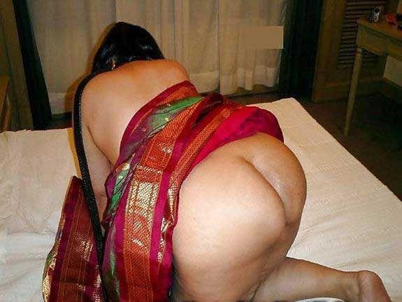 Meri Kiryedar bhabhi ki gand ki chudai Desi Gand xxx