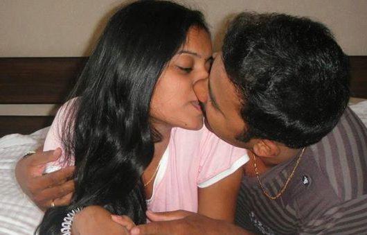 कामवाली सेक्सी लड़की की मज़ेदार चुदाई Sax kahaniya
