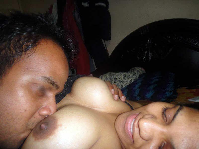 माँ की चूत चुदाई 1 दोस्त के साथ मिलकर xxx mom stori hindi xxx kahane