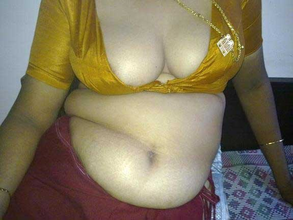 Bua kee chut chudaee bhateeje ke land se-1 Bua Antarvasna hindi saxy story